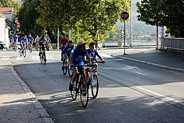 biciklisti-trka.jpg