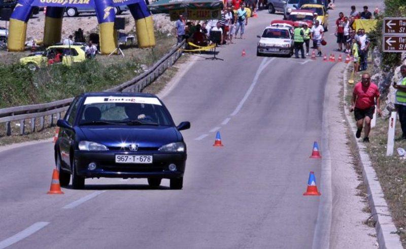 auto-slalom-trka-trebinje.jpg