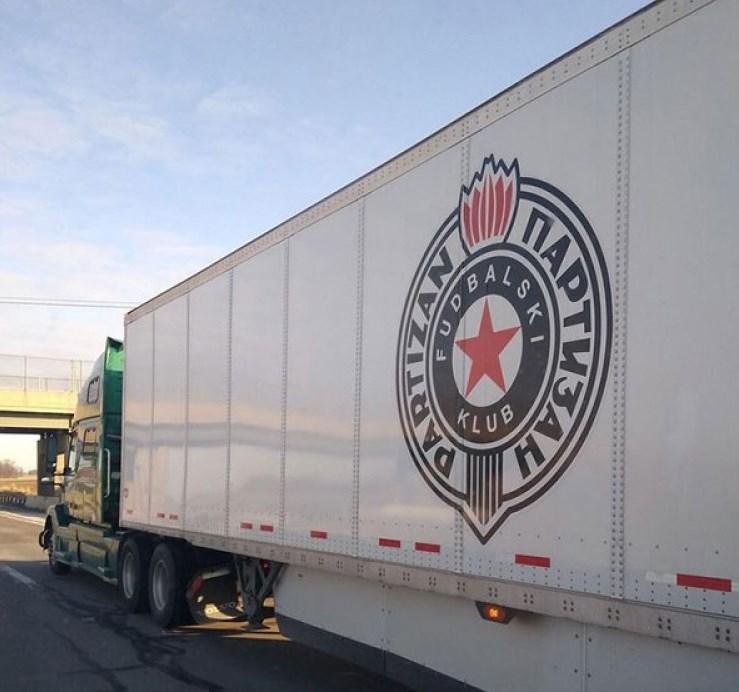 kamion-partizan.jpg