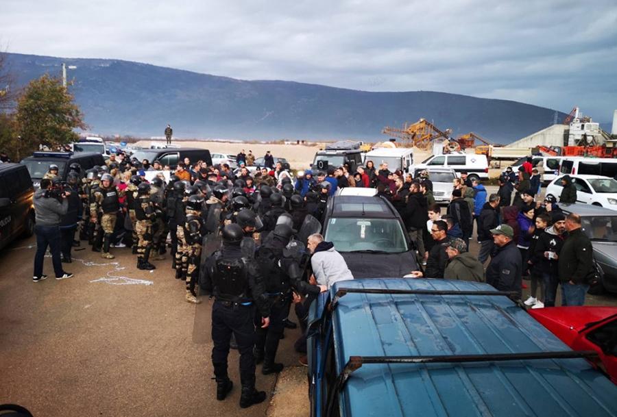 protesti-deponija-mostar.jpg