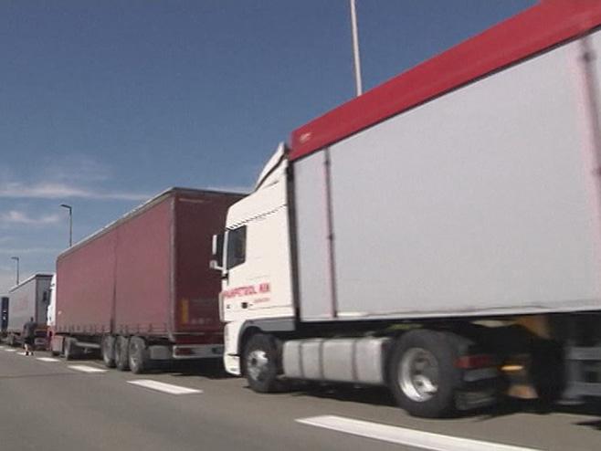 kamioni-srpska-hrvatska.jpg